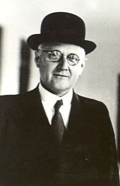 Norman Makin, 1941